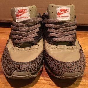 Nike Air Safari 87 (2003) very clean